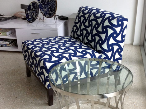 blue-chair-for-box